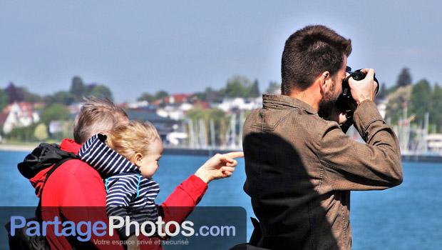 Partager des photos de vacances en famille