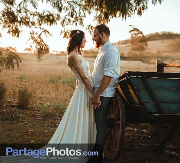 La création d'un blog de mariage privé ne prend que 2 minutes ! Partagez l'ensemble de vos souvenirs de mariage avec vos invités et votre famille.