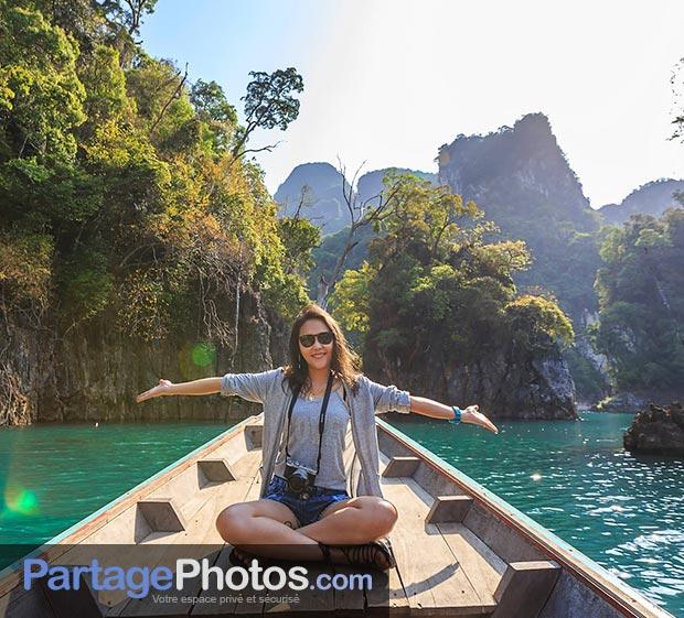 Blog de voyage, carnet de voyage, espace photos de vacances : créez votre espace privatif et partagez en toute tranquillité avec ceux que vous aimez !